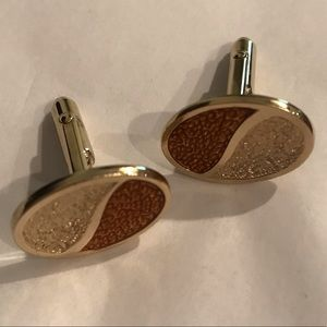 Vintage Accessories - Vintage yin & yang textured cufflinks by Anson